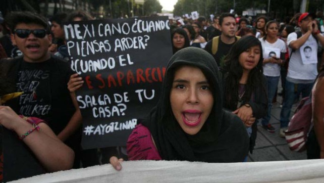 Crisis in Mexico: Could Forty-Three Missing Students Spark a Revolution? / La pregunta de The New yorker
