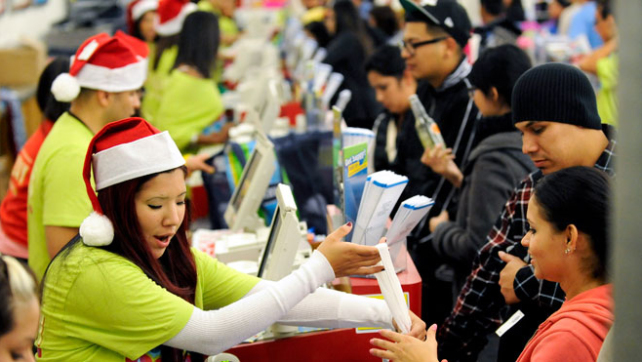 3 Reasons Holiday Shoppers Will Spend Cautiously